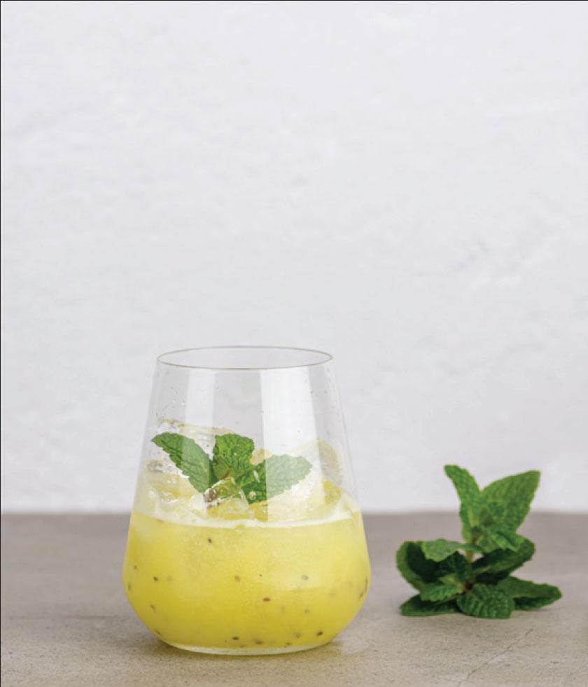 Switch Lifestyle Kiwi Melon Smash Cocktail
